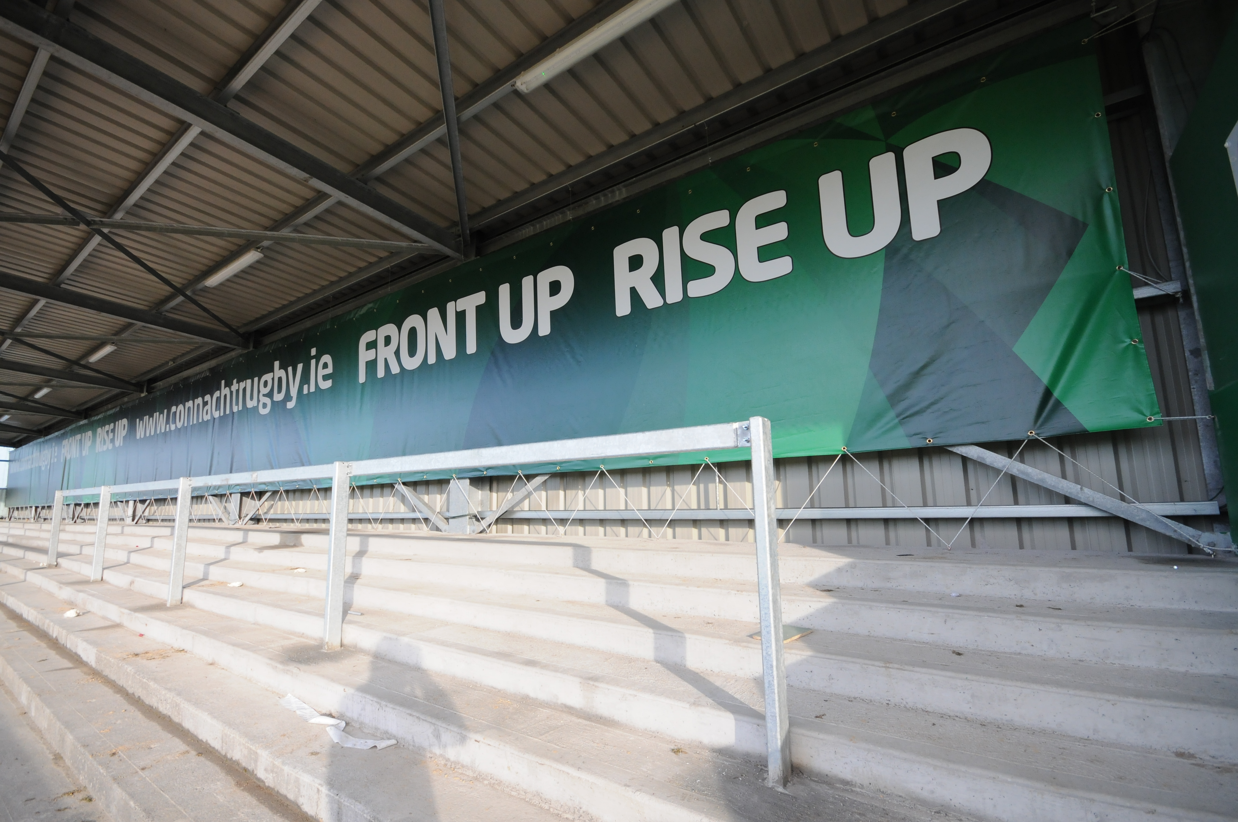 Rugby Synergy Outstanding Branding